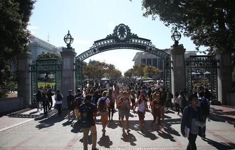 Sinh viên tại trường University of California tại Berkeley. Jim Wilson/The New York Times